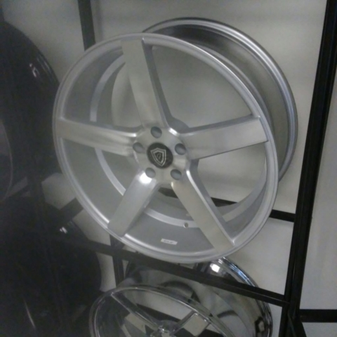 G-Line G5178 Machine Silver Wheels