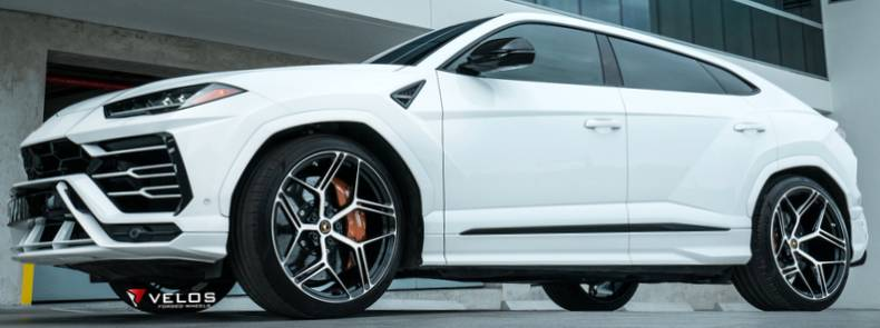 "Lamborghini Urus on 23"" Velos VSX02 1-PC Forged Wheels"