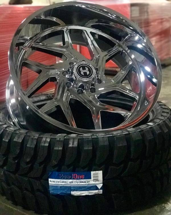 Hardcore Off Road HC12 Chrome Wheel and Tire Package